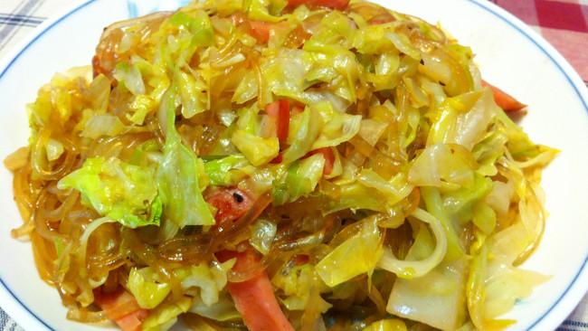 卷心菜炒粉条火腿的做法