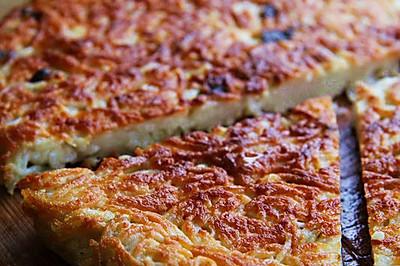 【葱花鸡蛋面饼】消耗煮多了的剩面条
