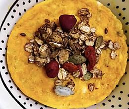 南瓜鸡蛋燕麦饼(微波炉版超快手无油无糖)的做法