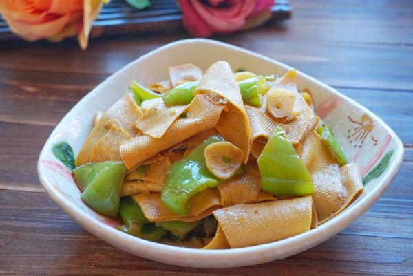 尖椒炒豆皮~百吃不厌的家常菜