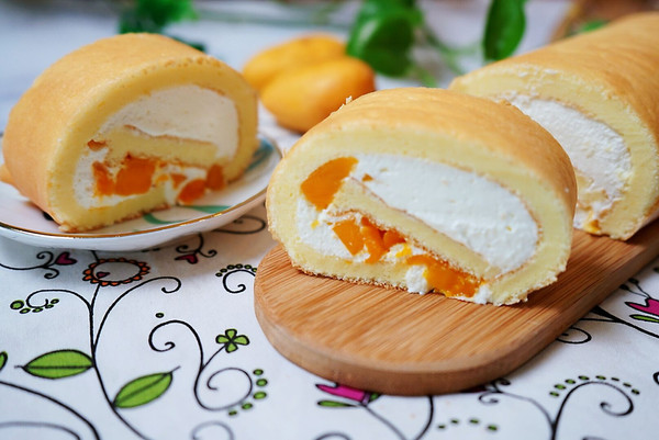 清爽诱人的芒果奶油蛋糕卷的做法