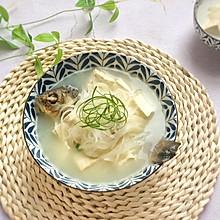 奶白鲜美的秘诀:白萝卜豆腐鲫鱼汤