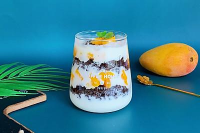酸甜浓郁,比买的好吃百倍的奥利奥水果酸奶杯