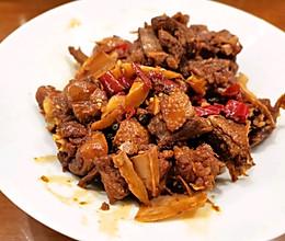 鸭肉最好吃的做法-红烧啤酒鸭的做法