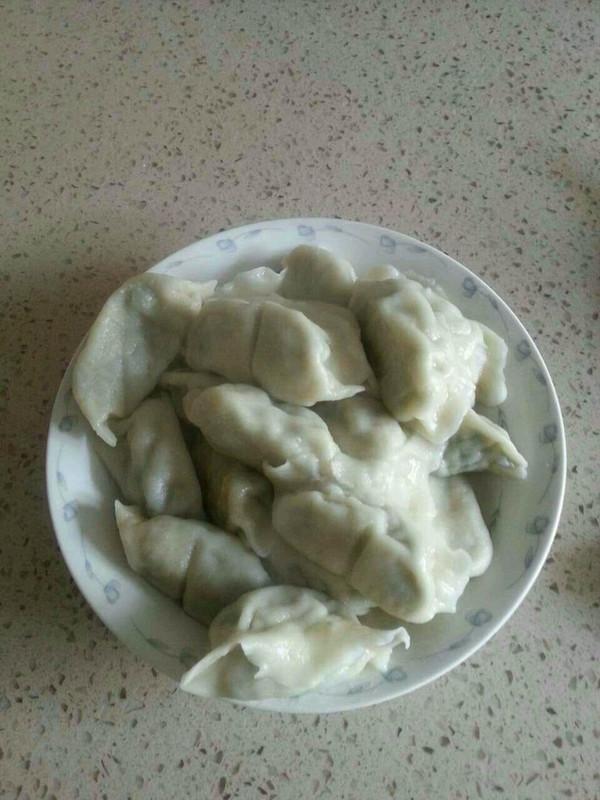 猪肉茼蒿馅饺子的做法