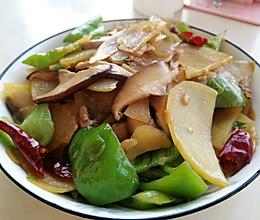 #憋在家里吃什么#承包了米饭的香菇土豆片的做法