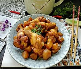 #就是红烧吃不腻!#红烧土豆鸡翅根的做法