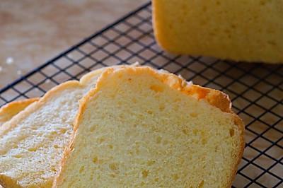 胡萝卜吐司(中种面包机版)--面包机也能做出好吐司