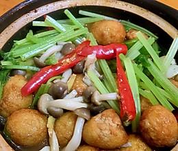 白菇鹌鹑蛋煲的做法