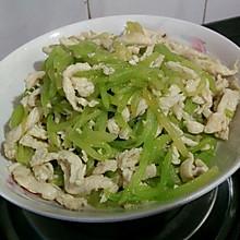 莴苣炒鸡丝