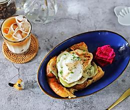 减肥爱吃:豆皮水波蛋三明治#太太乐鲜鸡汁玩转健康快手菜#的做法