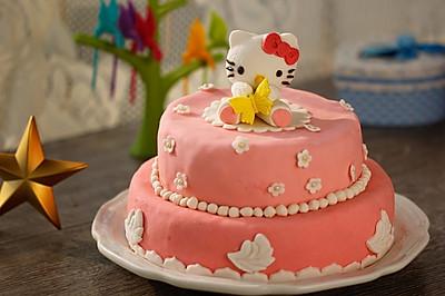 HOLLETKITY粉色双层翻糖蛋糕#九阳烘焙剧场#