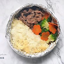 没有石锅照样能做出带着米饭焦香的石锅拌饭来【石锅牛肉拌饭】