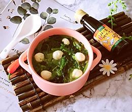 鲜贝露春日尝鲜~菠菜鱼丸汤的做法