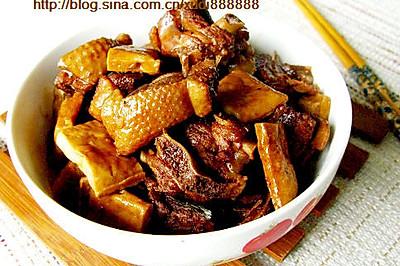 豆腐干烧鹅肉