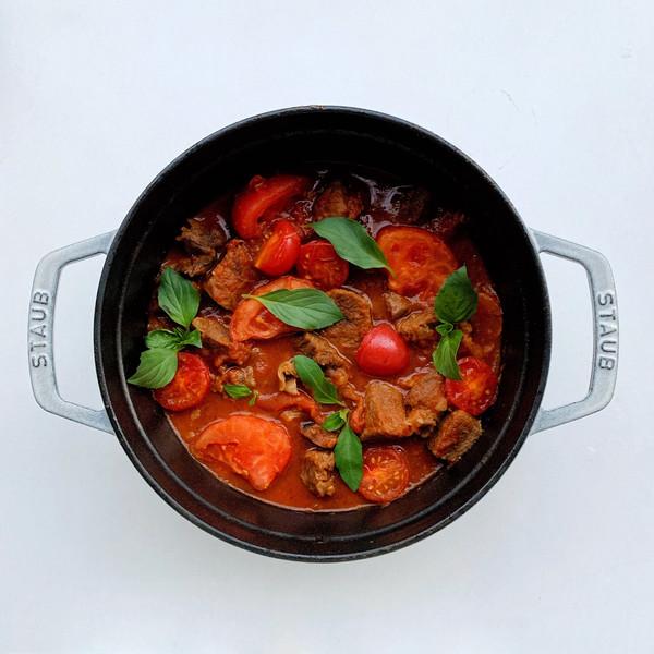 好吃到汤都不剩的番茄牛腩煲,酸爽开胃~