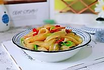 #秋天怎么吃#鸡毛菜炒河粉的做法