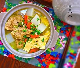 萝卜腐竹酥五花的做法