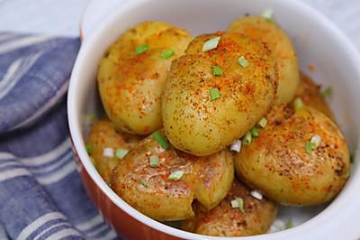 香煎小土豆让你在家就能吃小吃!