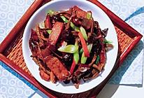 茶树菇腊肉#樱花味道#的做法