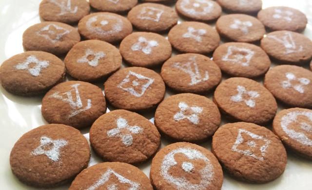 LV迷你可可饼干