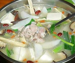 白萝卜炖羊汤~鱼羊鲜~羊肉火锅的做法