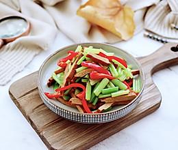 #肉食者联盟#香干爆炒芹菜的做法