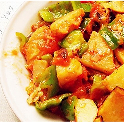 辣椒土豆炒西红柿