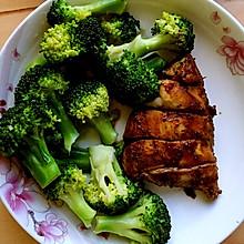 减肥必备-西兰花配鸡胸肉