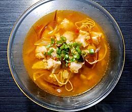 #餐桌上的春日限定#减肥必备 茄汁酸辣巴沙鱼汤的做法