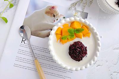 芒果椰汁紫米银耳露