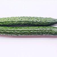 #520,美食撩动TA的心!#低脂爽脆开胃下饭的腌黄瓜条的做法图解1