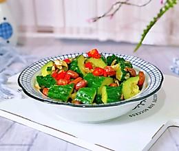 酸辣黄瓜拌苦菊#冰箱剩余食材大改造#的做法