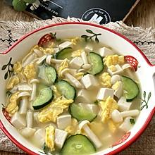 黄瓜菌菇鸡蛋汤