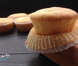 海绵纸杯蛋糕的做法