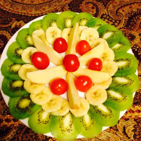 创意水果拼盘—绿意盎然的做法