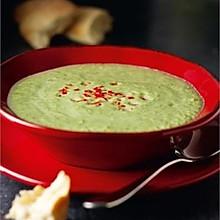 西兰花干酪汤