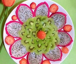 #我们约饭吧#火龙果、泥猴桃、草莓水果拼的做法
