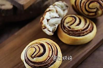 好看的豆沙面包卷卷,喜欢吗?
