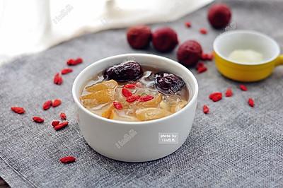 银耳雪梨糖水#美的微波炉菜谱#