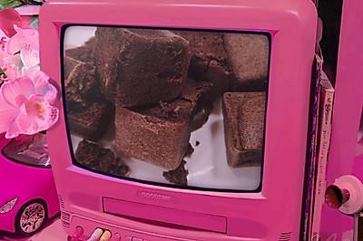 情人節小甜品-偽巧克力蛋糕(黑米低糖蛋糕)
