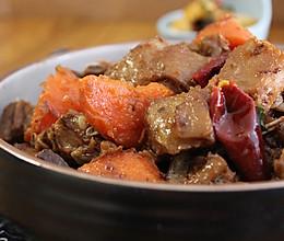 胡萝卜焖羊排的做法