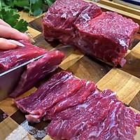 香菜拌牛肉~我又get到了牛肉的神仙吃法的做法图解1