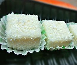椰汁糕(香滑浓郁,唇齿留香)的做法