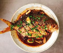 刺激你味蕾的:红烧金鲳鱼的做法
