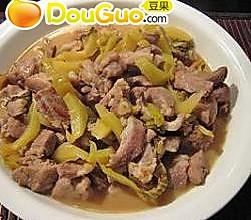 咸菜炒猪肉的做法