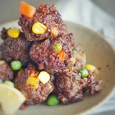 藤椒彩蔬手打牛肉丸,黑暗料理的新贵,绝对惊艳四方的爆款担当。