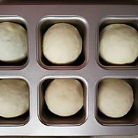 咸蛋黄肉松小面包的做法图解13