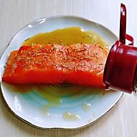 山葵木鱼花三文鱼沙拉#花10分钟,做一道菜!#的做法图解3