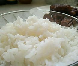 蒸米饭(一人量)的做法